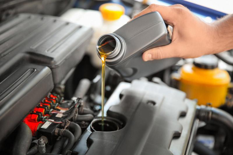 vì sao cần thay dầu nhớt ô tô thường xuyên