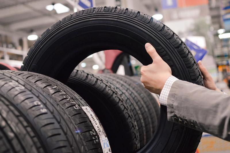 cách chọn lốp xe ô tô