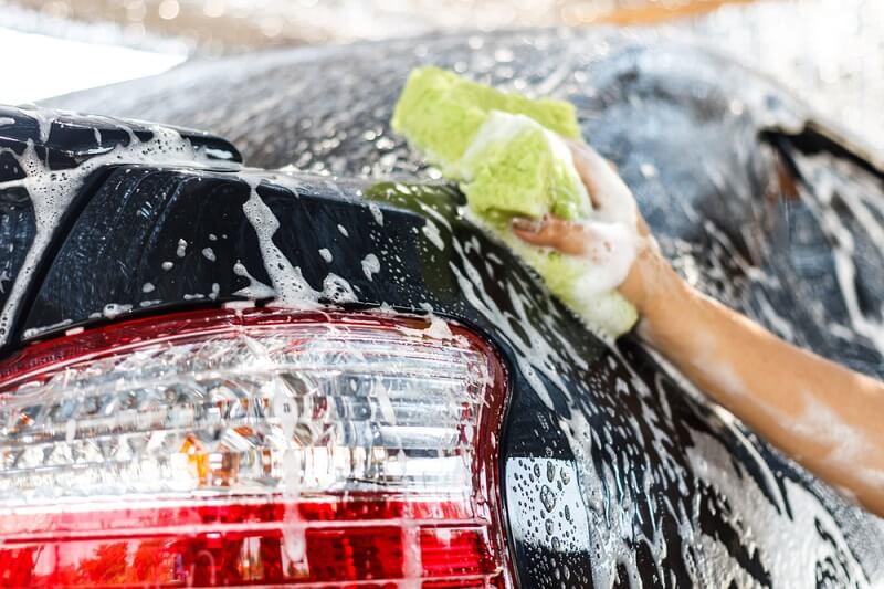 giá rửa xe ô tô bao nhiêu tiền